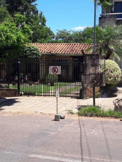 Casa en el centro de San Lorenzo - 0