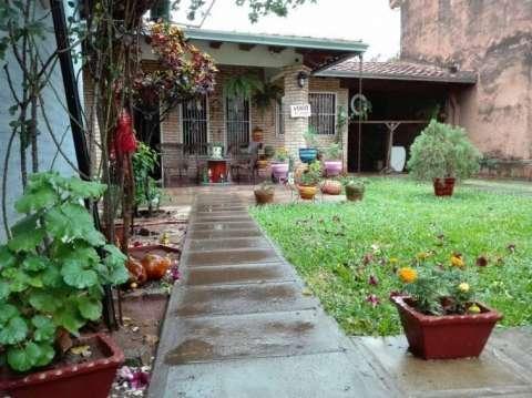 Casa en el centro de San Lorenzo - 2