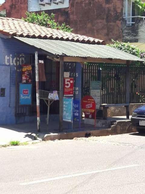 Casa en el centro de San Lorenzo - 4