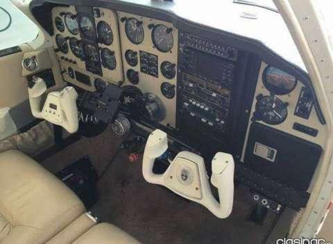 Beechcraft Bonanza F33 1988