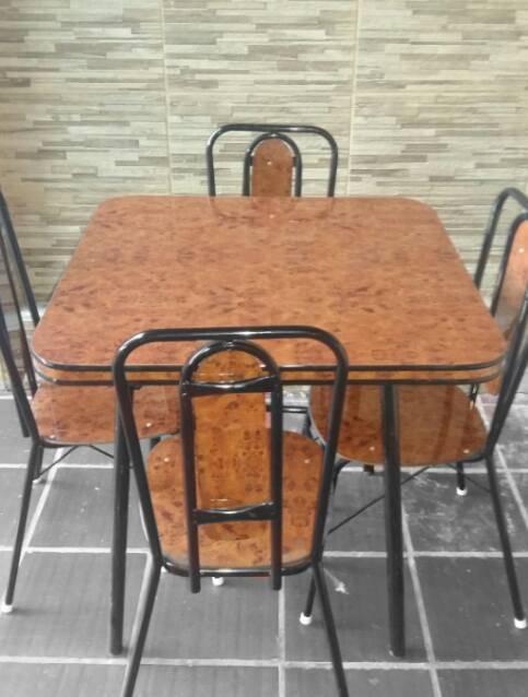 Mesa de formica de 4 sillas f bian gim nez - Sillas formica ...