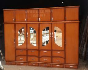 Ropero de 6 cuerpos con 4 espejos externos