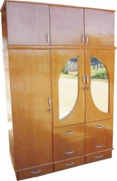 Ropero de 3 cuerpos con 2 espejos externos