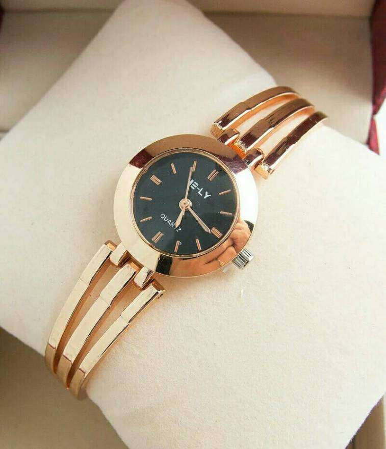 Reloj Dorado - 2