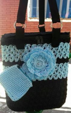 Bolsos artesanales de 10lts en crochet forrados
