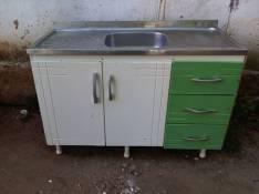 Mueble de cocina con pileta
