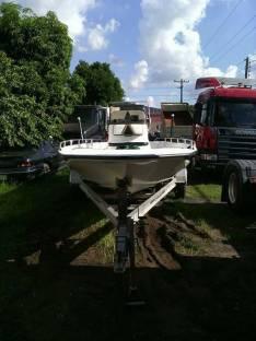 Lancha pescadora Bay Master 2150