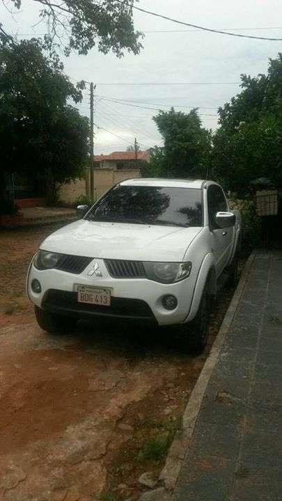 Mitsubishi Triton 2010