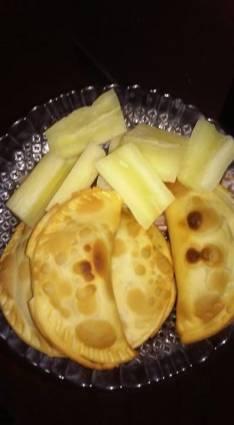 Empanada de mandioca y tortilla