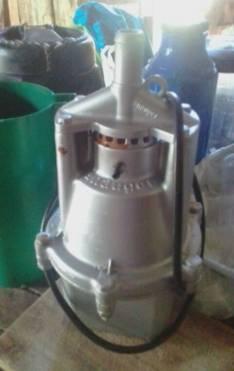 Garrafa y motor de azgu semi nuevo