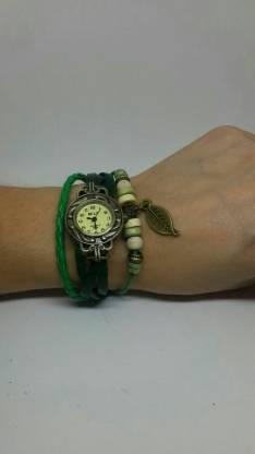 Reloj pulsera cuerito