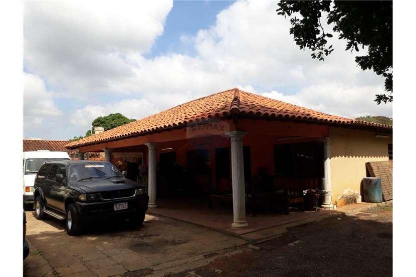 Propiedad con casa sobre Avelino Martinez - 6