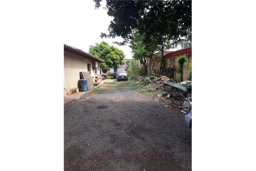 Propiedad con casa sobre Avelino Martinez - 5