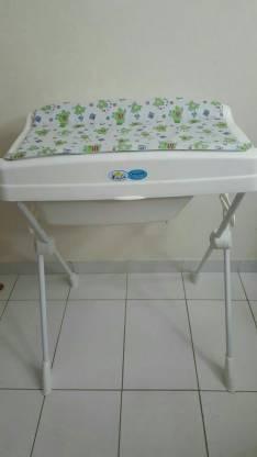 Cambiador para bebé y bañera