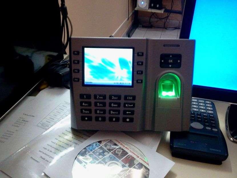 Reloj biométrico - 3