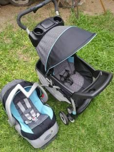 Carrito y baby seat con base americano bebé