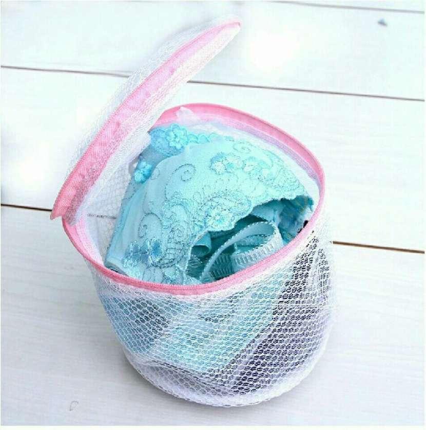 Bolso para lavar prendas íntimas - 0