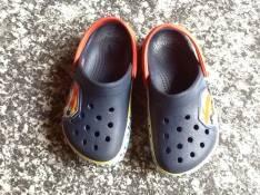 Crocs calce azul 8.9 rojo 6.7 original