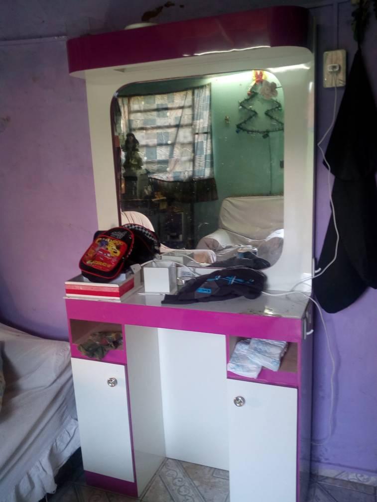 mueble para maquillaje y peluqueria luisydoe
