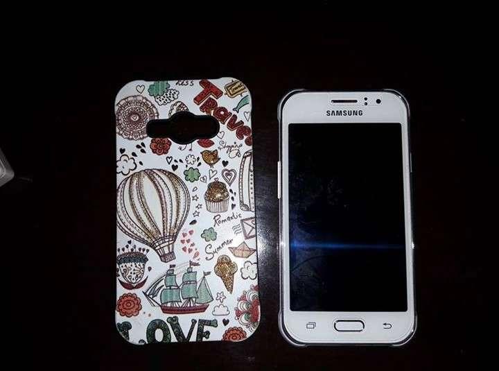 Samsung Galaxy J1 Ace No Prende la pantalla