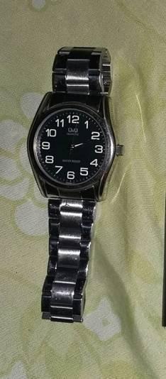 Reloj Q.Q