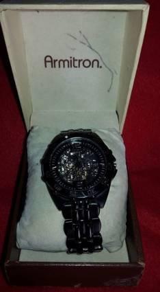 Reloj Armitron ultima edicion