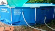 Piscina marca Bestway de 6500 litros con filtro y protector 1 mes de uso