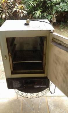 Estufa de secado y esterilización