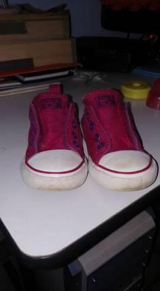 Calzado Converse calce 23