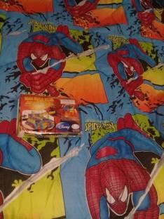 Edredón con dos sábanas y una funda