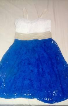 Vestido corto mediano