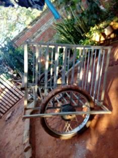 Carro con acople para moto