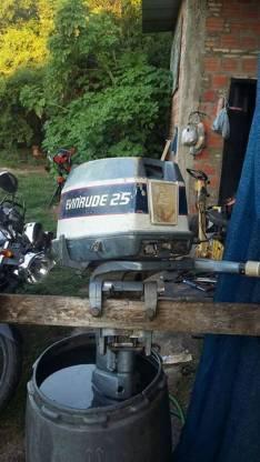 Motor fuera de borda 25 Hp
