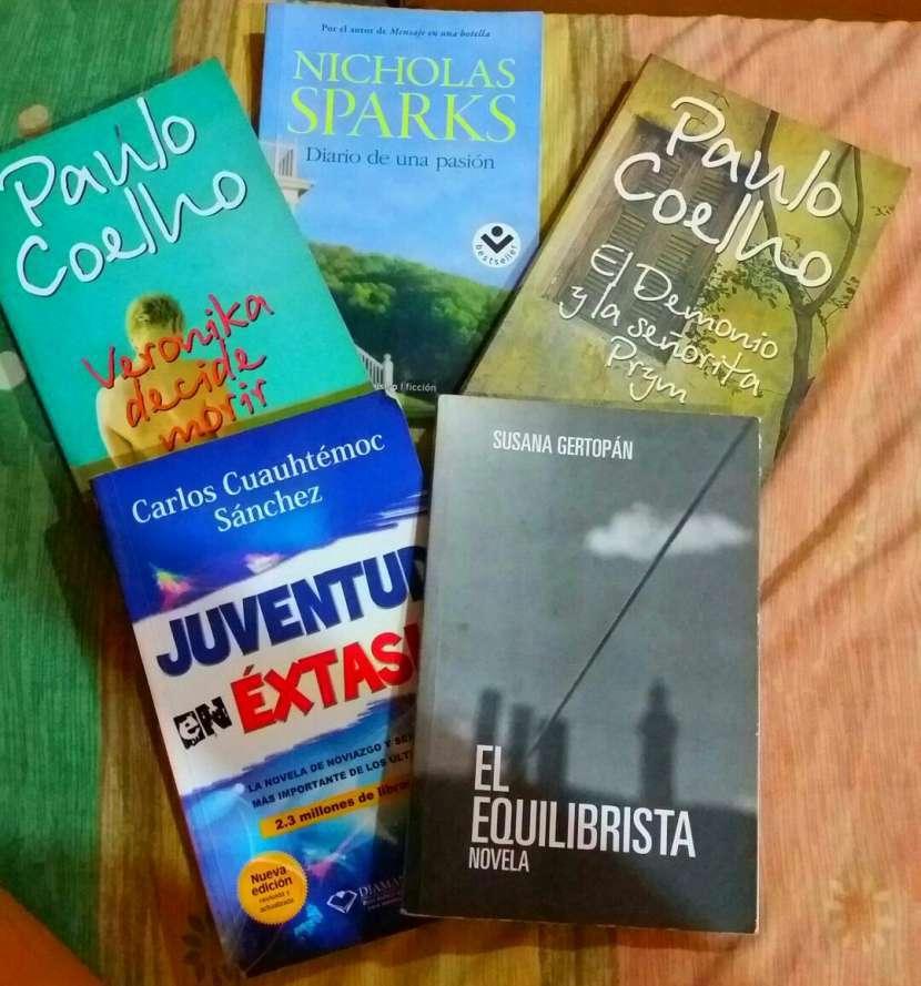 Novelas originales - 0
