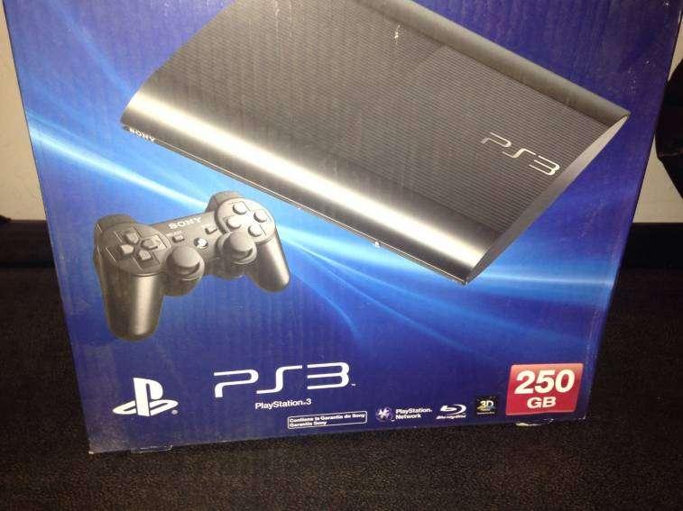 Playstation 3 con control y 10 juegos