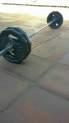 Barra niquelada con pesas TKO
