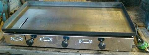 Plancha para lomiteria .de 3 quemadores