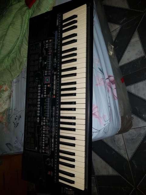 Teclado Yamaha 510