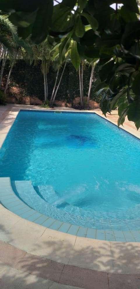 Limpieza y mantenimiento de piscina - 3
