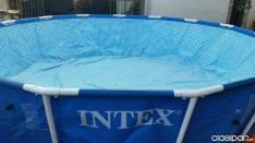 Piscina familiar Intex con estructura metálica