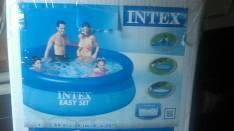 Piscina INTEX 2.40 metros de diámetro, 2419 LItros.con filtro