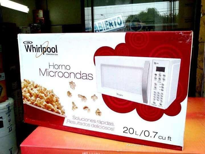 Microondas Whirlpool de 20 litros - 0