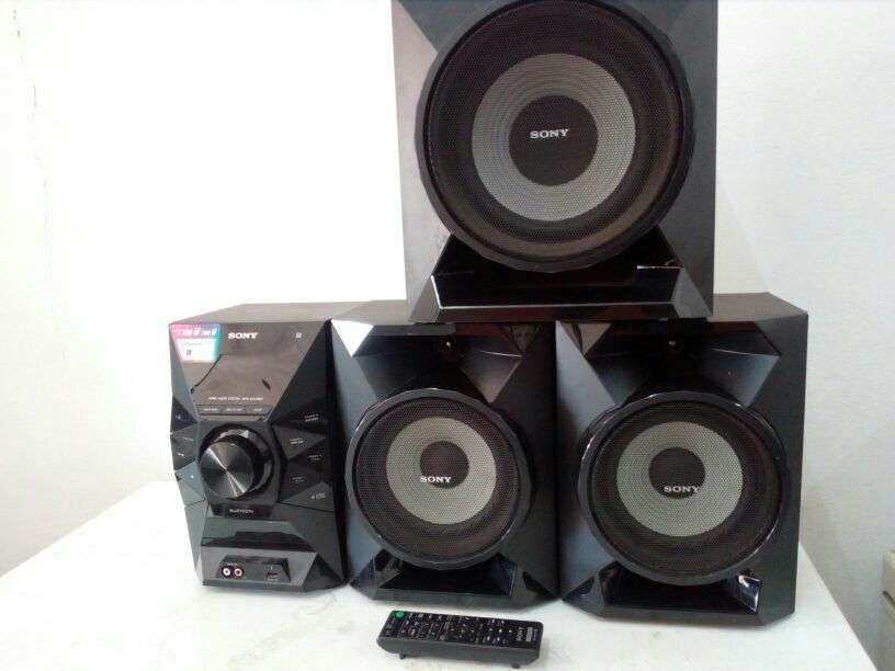 Equipo de Sonido Sony - 0