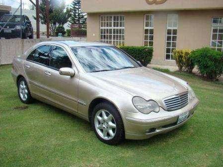 Mercedes Benz C240 2001 Americano - 0