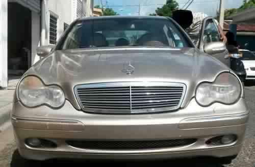 Mercedes Benz C240 2001 Americano - 2