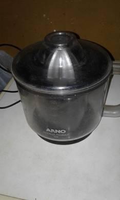 Exprimidora Arno