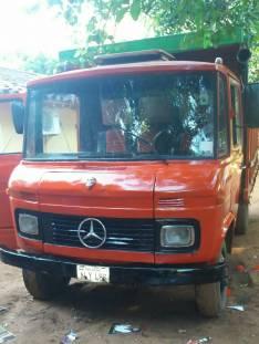 Mercedes Benz 608 financiado