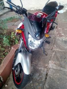 Moto Yamaha modelo sz16R
