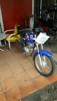 Moto kenton gl 150 con chapa