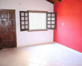 Casa en Luque zona Aeropuerto Rakiura a una cuadra Calle America